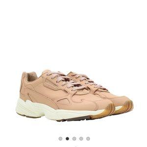 Adidas Tan Falcon Sneakers ❤️
